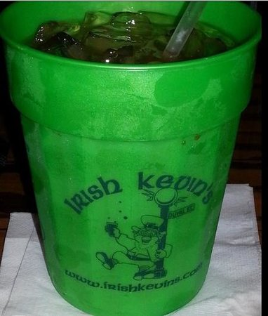 Irish Kevin's Bar : awesome cups