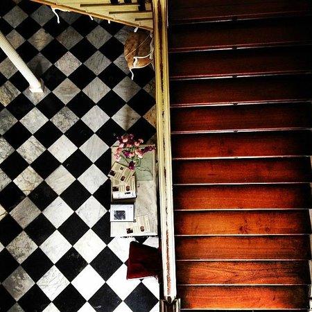 Dyrham Park: Staircase