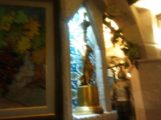 Ata Park Hotel: ресторан