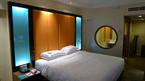 Orchard Hotel Singapore : room