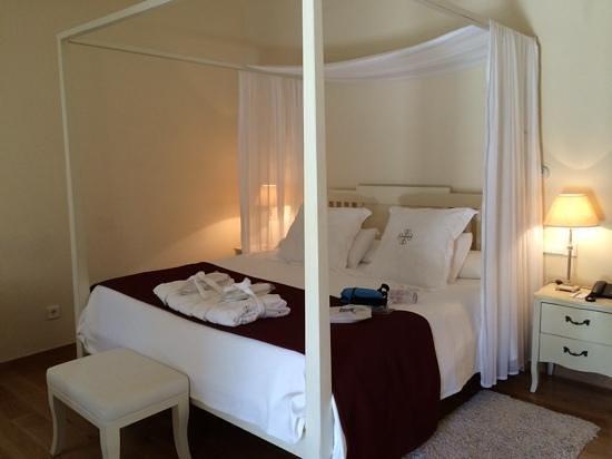 L'Hermitage: room by indoor pool