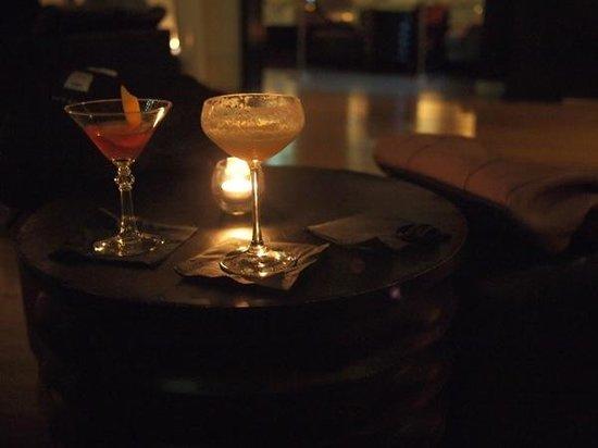 Zetabar: Tasty Cocktails.
