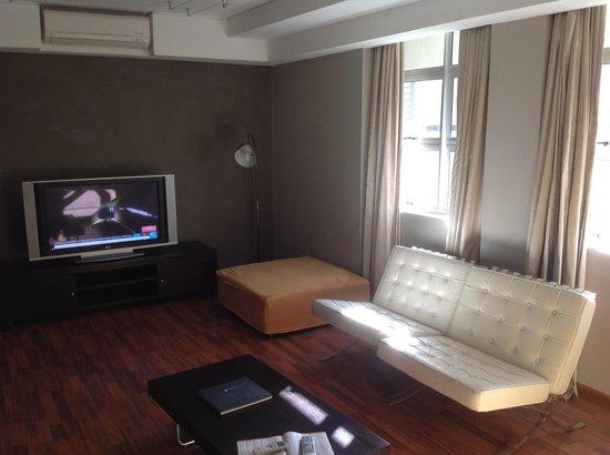 Circa Hotel: Lounge area