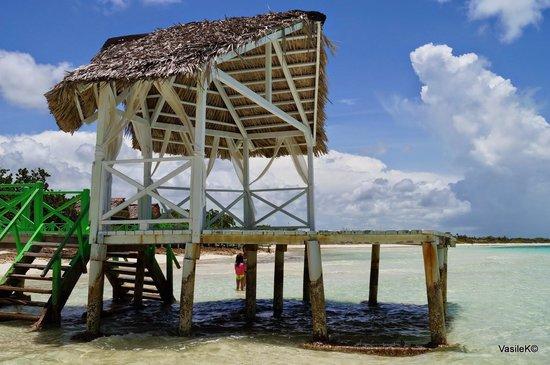 Memories Flamenco Beach Resort : Beach