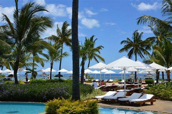 Sugar Beach Golf & Spa Resort: La piscina centrale