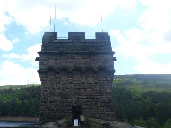 Derwent Dam: the towers