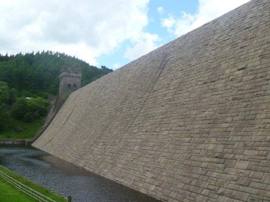 Derwent Dam: along the wall