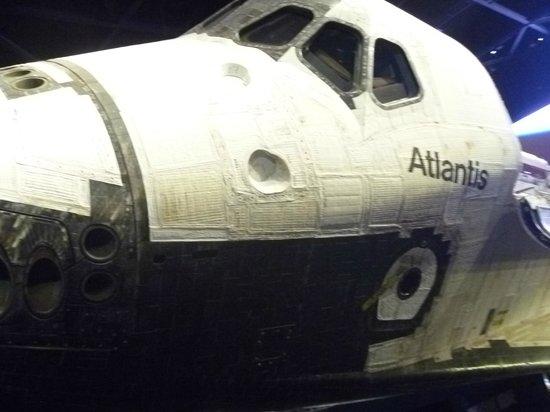 NASA Kennedy Space Center Visitor Complex: Atlantis fantastica