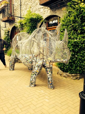 Our community art project to save rhinos