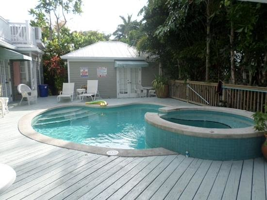 Villas Key West: view of pool from our door