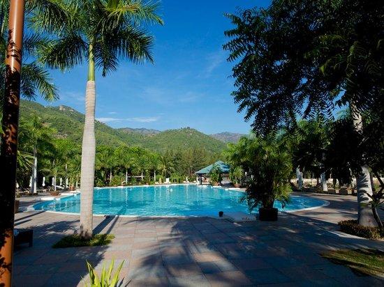 Diamond Bay Resort & Spa: fantastic pool