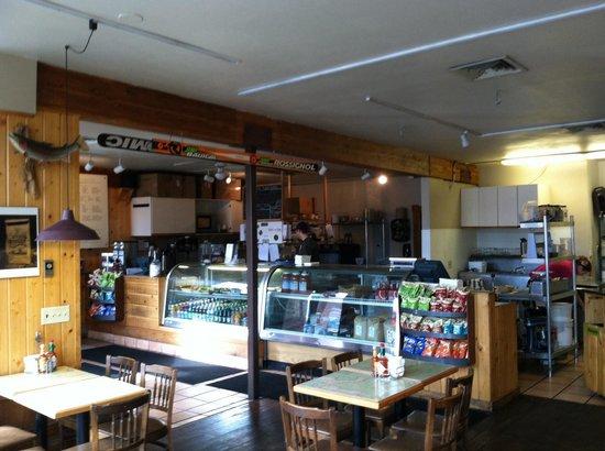 Backcountry Delicatessen: Deli counter
