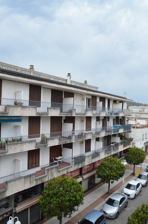 Hotel Delfin: 3rd floor, 319 room. Looking to the right