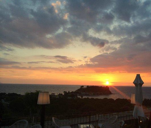 Hotel Carina: Sunset at Carina