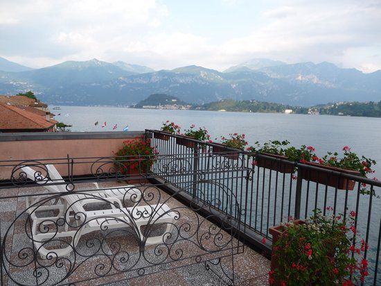Hotel Bazzoni et du Lac: View from our terrace