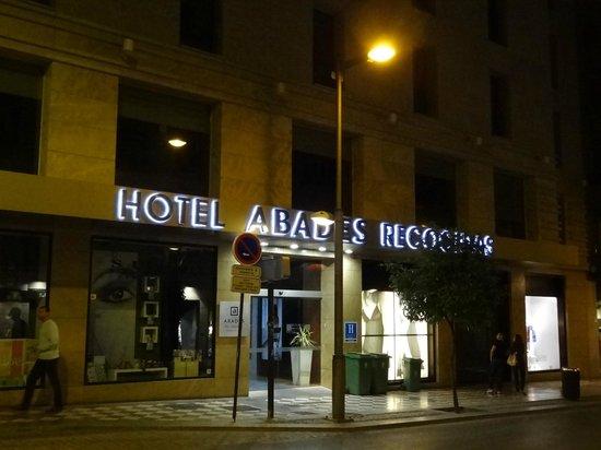 Hotel Abades Recogidas: Fachada do hotel