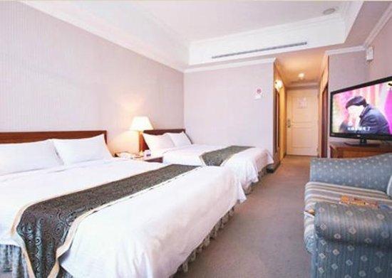 Grand Boss Hotel: Guest Room