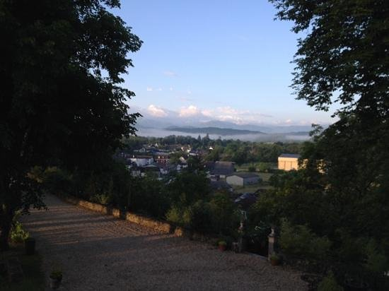 Chateau de Lamothe : balcony view to the pyrenees, evening