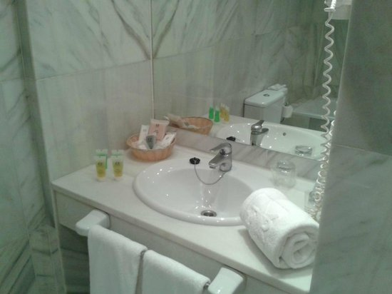 Hotel San Gil: Bagno