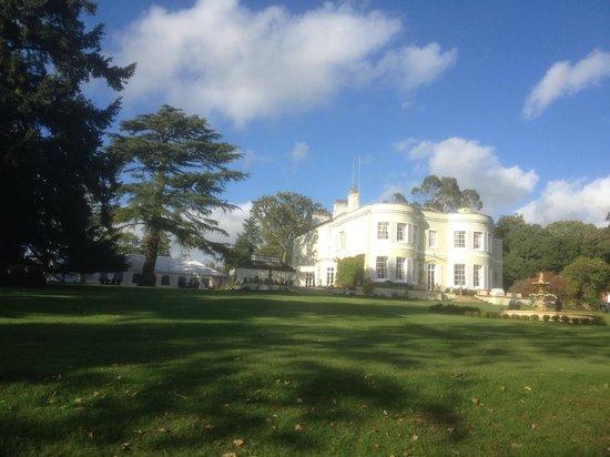 Deer Park Country House Hotel: Herrliche Lage