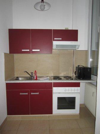 Monello: Kitchen area