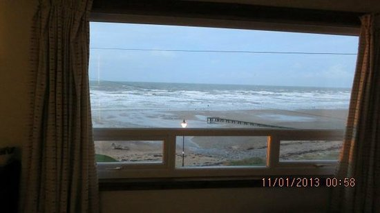 Bailey Ground Hotel: Sea view from room