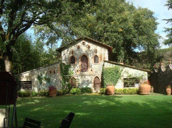 Castello di Monterinaldi: old chicken coop