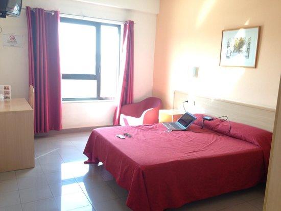 Photo of Hotel Catalan Santa Perpetua de Mogoda