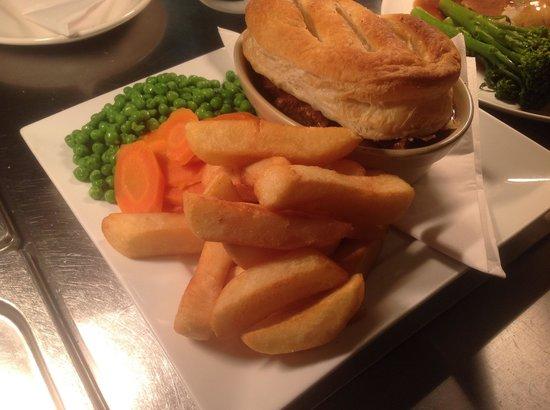 The Bridgend Inn: Steak and Ale Pie