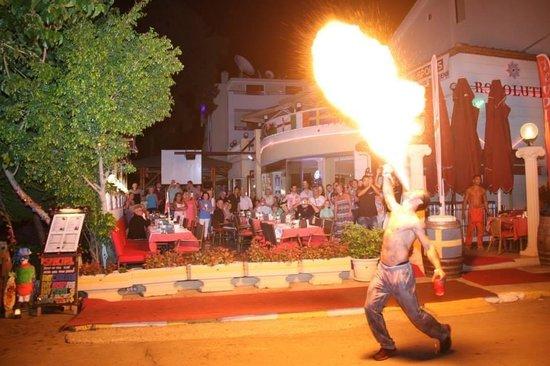 Club Evin Marmaris: Turkish night at Evin
