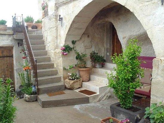 Koza Cave Hotel: Entrance