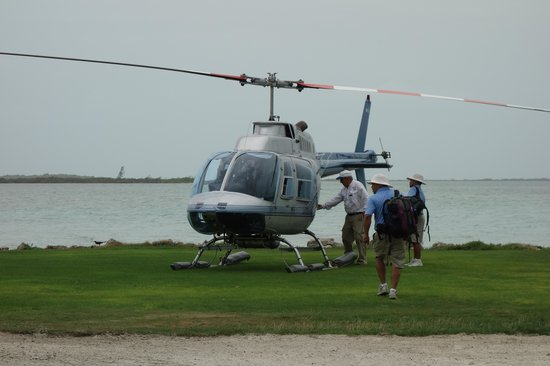 Cayo Espanto : helicopter