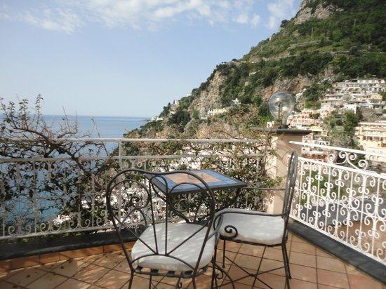 Positano Art Hotel Pasitea: desde el balcon
