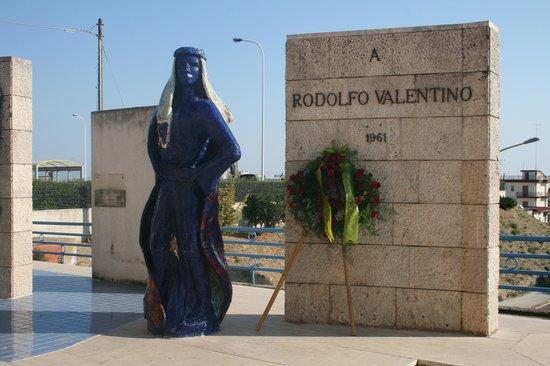 Rudolph Valentino Museum