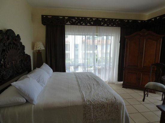 Playa Los Arcos Hotel Beach Resort & Spa : 442 Bedroom and second bedroom balcony entrance