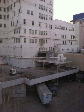 Courtyard Milwaukee Downtown: Another yep...