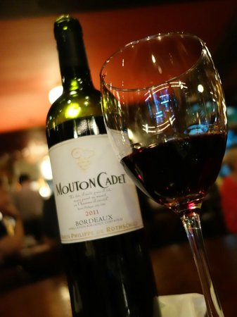 Cafe Adriatico: The wine