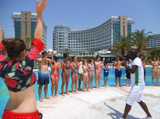 Sherwood Breezes Resort : pool games