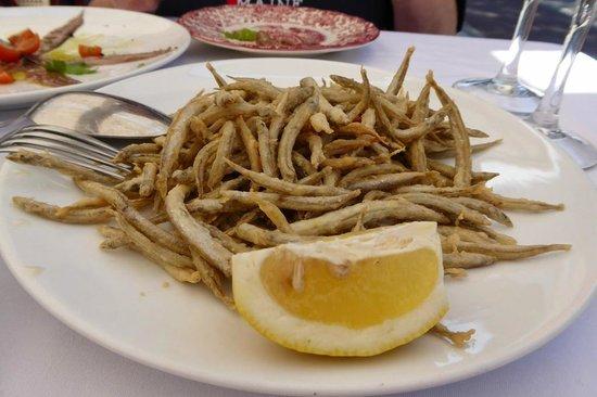 Villa Elena: Fritierte Sardinen
