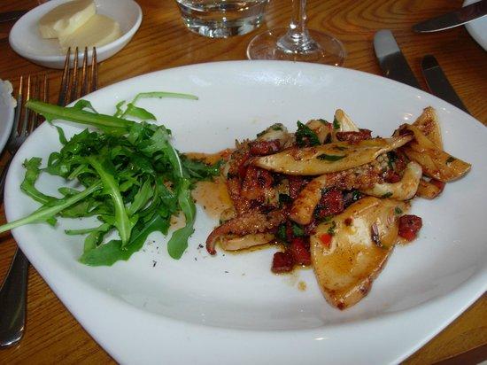 Pebble Beach Restaurant: Squid & chorizo, sherry deglaze