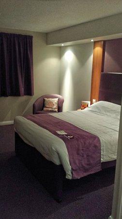 Premier Inn Birmingham Oldbury (M5, Jct2) Hotel: Premier Inn Oldbury - Room view