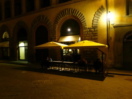Enoteca Pitti Gola e Cantina : This is it from the outside: quite understated but brilliant