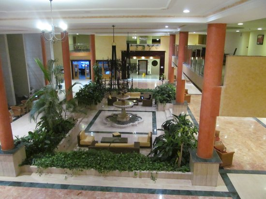 Grand Muthu Golf Plaza Hotel and Spa: Reception