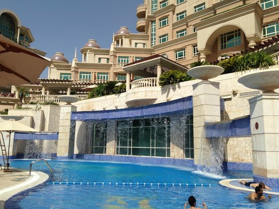 Roda Al Murooj : Outdoor Pool