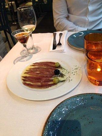 El Nou Ramonet: Anchovies and Olives