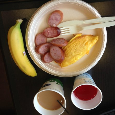 Hampton Inn & Suites Albuquerque North/I-25: Nice breakfast included