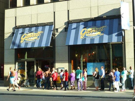 Red Roof Inn Chicago Downtown - Magnificent Mile: magasin pop corn en face très réputé