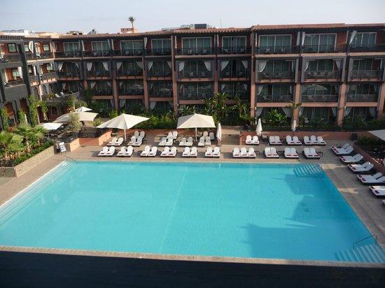 Hôtel & Ryads Barrière Le Naoura Marrakech : vue de notre chambre le matin