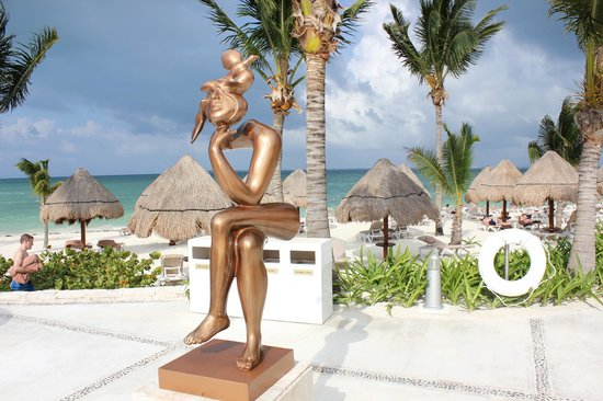 Excellence Playa Mujeres: Beach