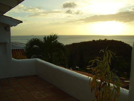 Windjammer Landing Villa Beach Resort: My partial view balcony